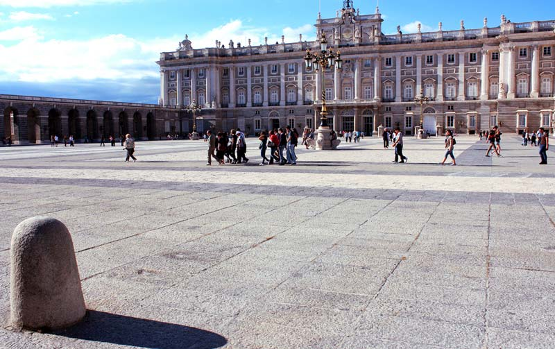 image of royal palace madrid