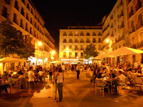 The 10 fun and best things to do in madrid spain at night for Hotel calle arenal madrid